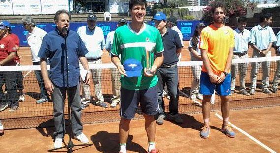 facu-bagnis-campeon-challenger-santiago-2015