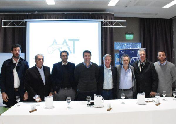 aat conferencia prensa calleri zabaleta equipo