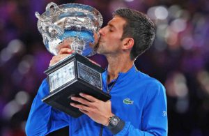 djokovic-australian-open-2019-trophy-sunday